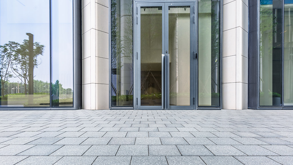 Clean Advantage - First Impressions Commercial Pressure Washing